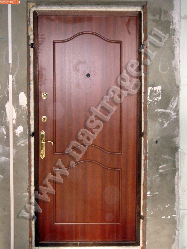 купить входную железную дверь в квартиру москва